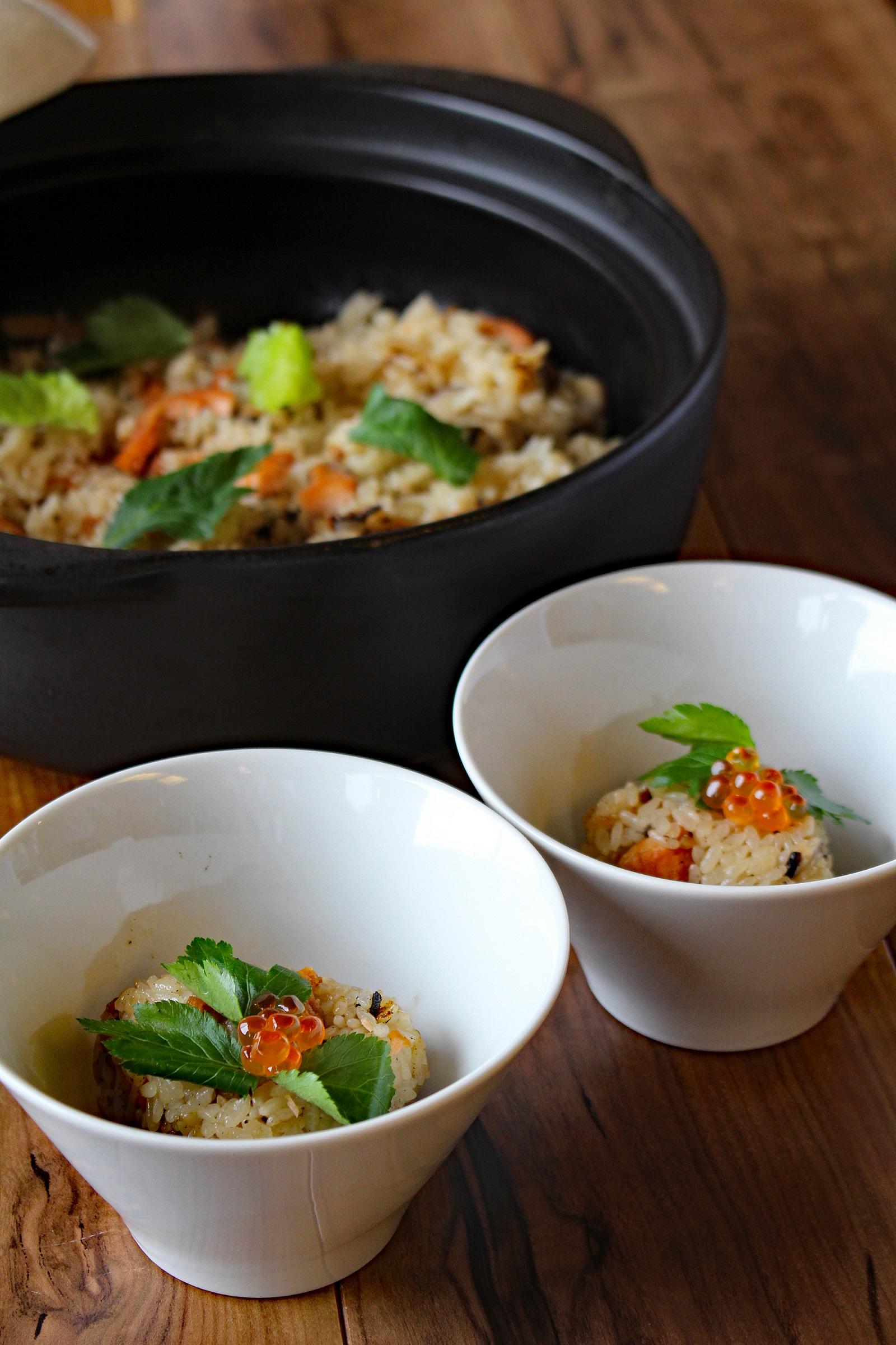 旬の鮭を使った炊き込みご飯